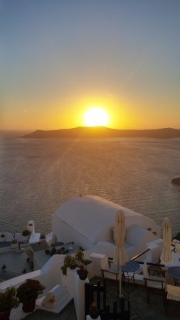 Santorini View: Another top notch sunset from our balcony