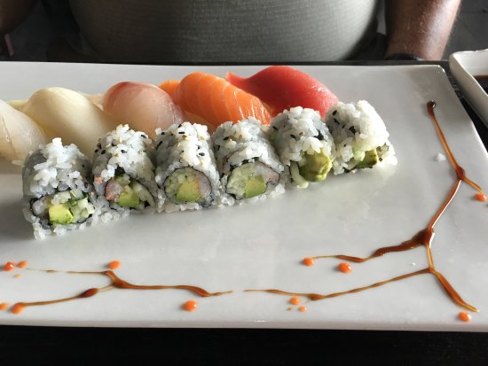 Vineland, NJ: Sushi platters with pretty designs.