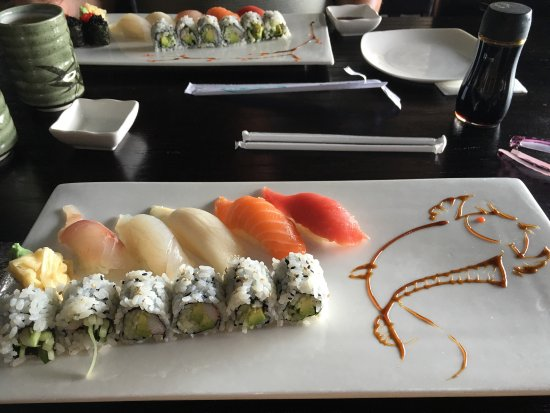 Vineland, Nueva Jersey: Sushi platters with pretty designs.
