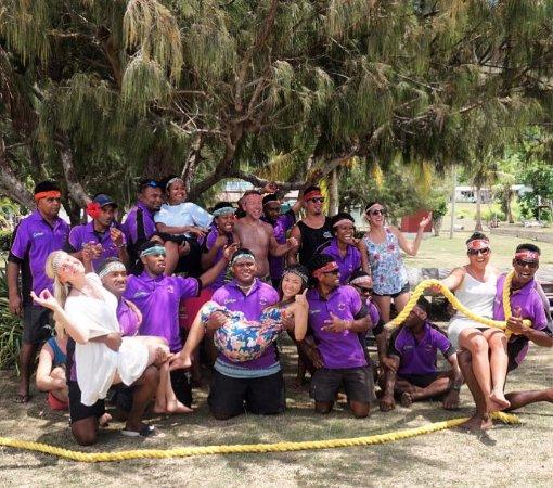 Tavewa Island, Φίτζι: Playing games with the amazing staff!
