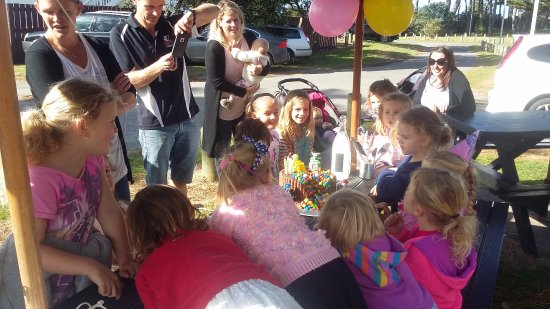 Whangamata, New Zealand: birthday time