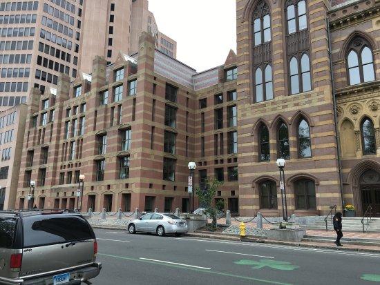 City Hall 사진