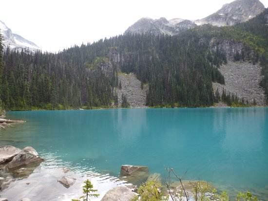 Pemberton, Canada: Another view at the middle lake