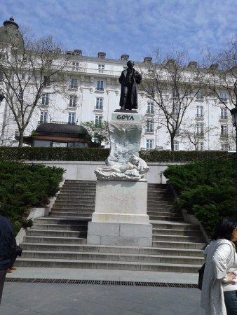 Monumento de Goya: Monumento a Goya