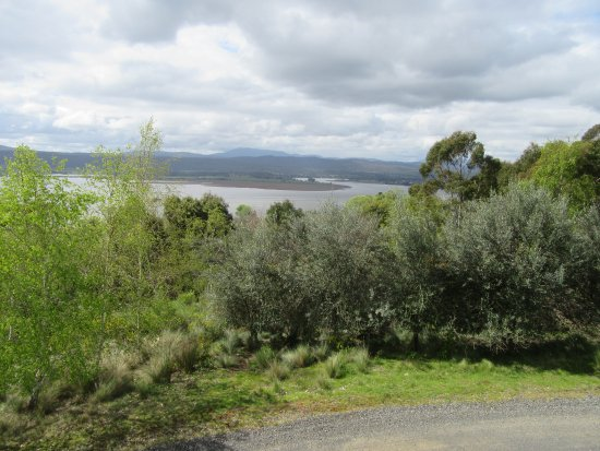 Rosevears, Australia: The view from the deck across the Tamar Valley