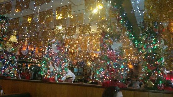 mi tierra cafe bakery lots of christmas lites - Christmas Lites