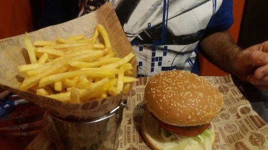 Νησί Canvey (Αξιοθέατο), UK: (tiny burger) and chips