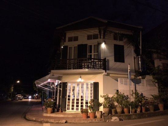 The BelleRive Boutique Hotel: The Belle Rive at night.