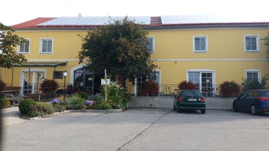 Eberl Hattenhofen