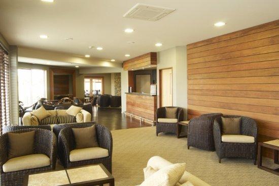 Distinction Luxmore Hotel: Hilights Bar