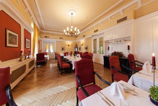 hotel at marienhof reichenau an der rax.da.