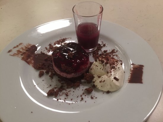 boxmoor foodies black forest gateau with cherry shot dessert for 80s revisited