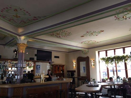 Intérieur, le bar - Bild von Gaststätte Faun, München - TripAdvisor