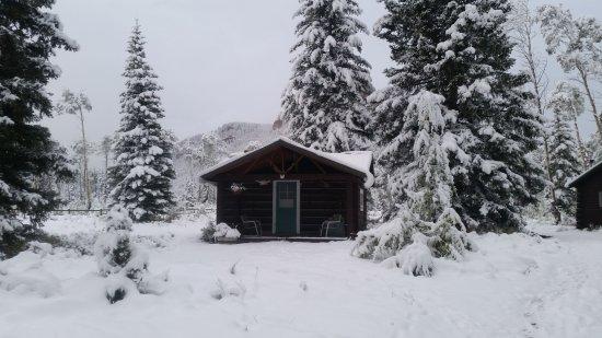 7D Ranch: Trapper cabin