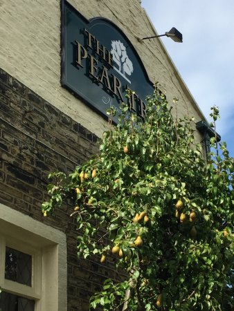 Pear Tree Inn, Norwood Green