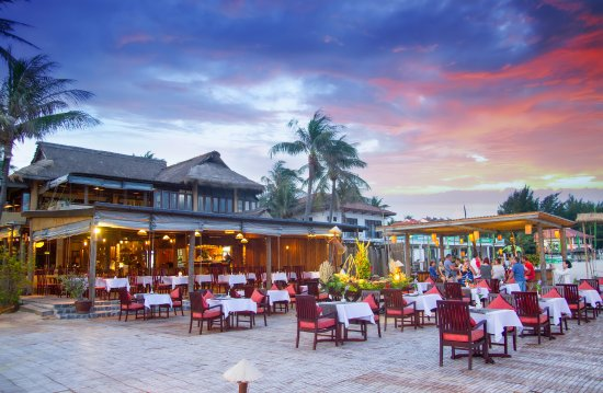 Sunset At East Cape Beach Bar Picture Of Bamboo Village