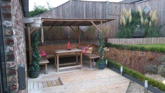 espace d tente massage photo de la ferme du bien etre. Black Bedroom Furniture Sets. Home Design Ideas