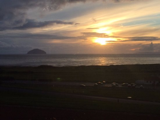 Turnberry, UK: Sunset from hotel lounge