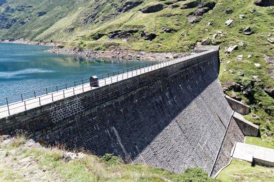 Ariege, Frankrijk: barrage d'Izourt