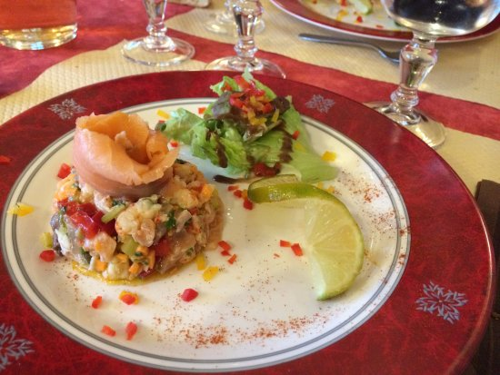 Neuillay-les-Bois, França: saumon,carpe fumée et écrevisse