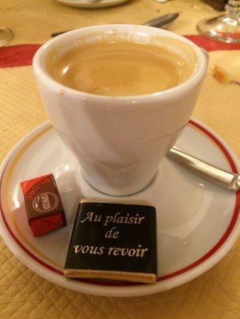 Neuillay-les-Bois, França: café