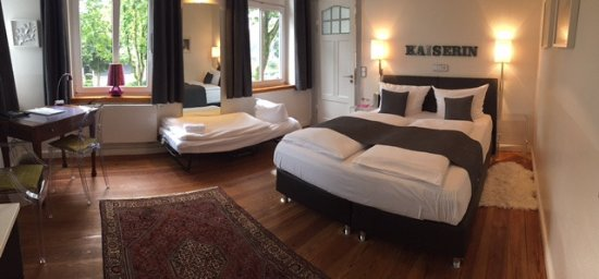 Hotel 1690: Doppelzimmer mit Zustellbett