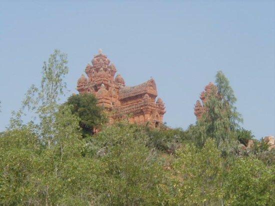 Phan Rang-Thap Cham, Vietnam: cham tower