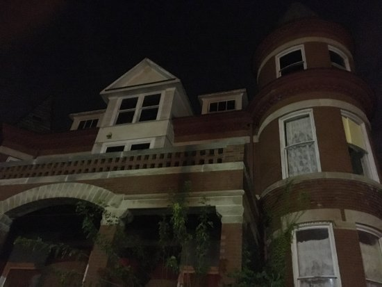 Haunted Decatur: One Of The Victorian Homes On The Tour And Which Was The  Scene