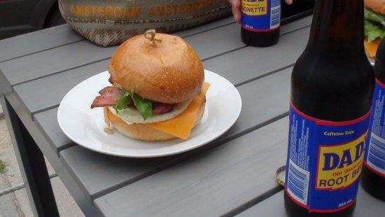 เพิร์ท, แคนาดา: Breakfast Sandwich!
