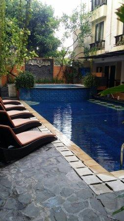 Losari Hotel & Villas: 20161001_103606_large.jpg