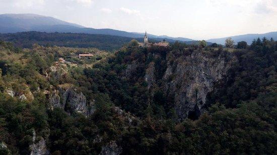 Skocjan, Slovenia: كهف سكوكجان مصنف في قائمة اليونيسكو للاثار