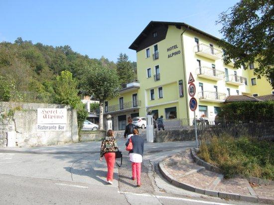 Hotel in toller Landschaft