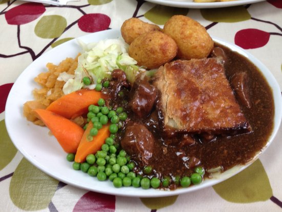 Scorrier, UK: Steak and Kidney Pie