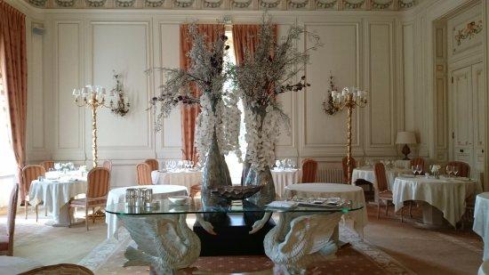 Saint Patrice, Frankrike: Salle de restaurant
