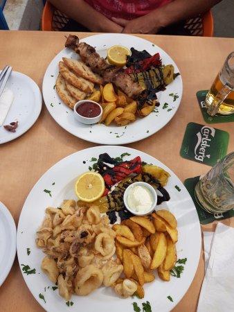 Corissia Beach Hotel: Auswahl aus der Mittagsspeisekarte