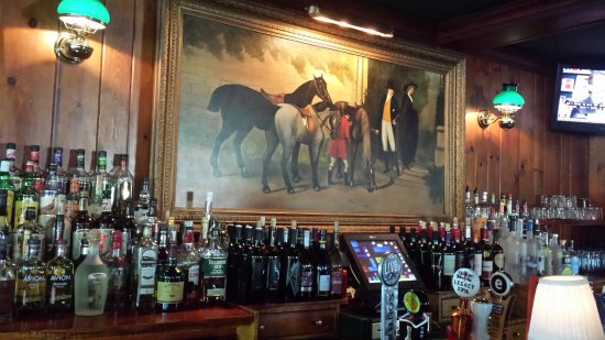 Skaneateles, Нью-Йорк: Tavern Bar