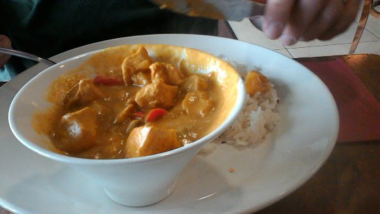 Thomas browns: Chicken curry