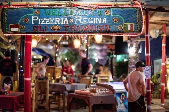 Pizzeria Regina: Eingangsbereich