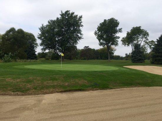 Syracuse, Индиана: South Shore 18th green