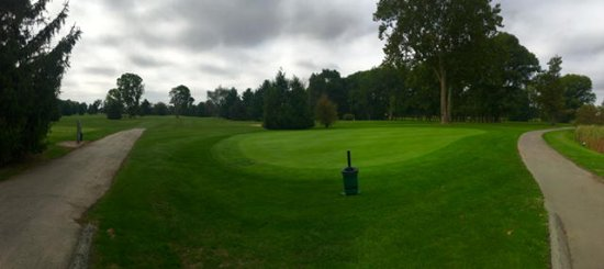 Syracuse, IN: South Shore golf course