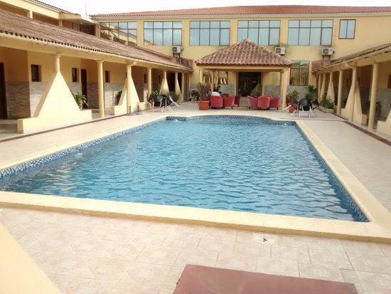 DECENT HOTEL IN CABINDA