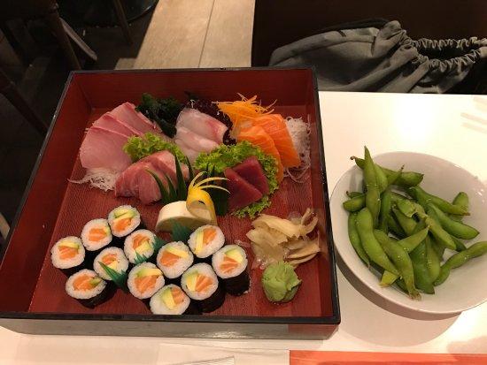 Furin Kazan: Selection of Sashimi including fat tuna (toro). Breathtaking !!!