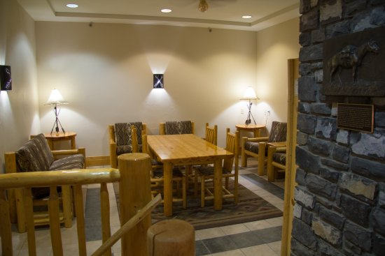 Brewster's Mountain Lodge: What used to be the breakfast nook