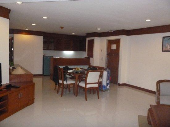 Andaman Beach Suites Hotel Photo