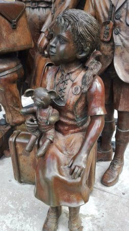 Kindertransport-The Arrival Memorial