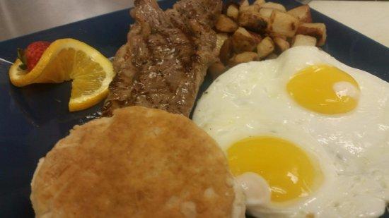 Port Saint Lucie, FL: Steak and Eggs