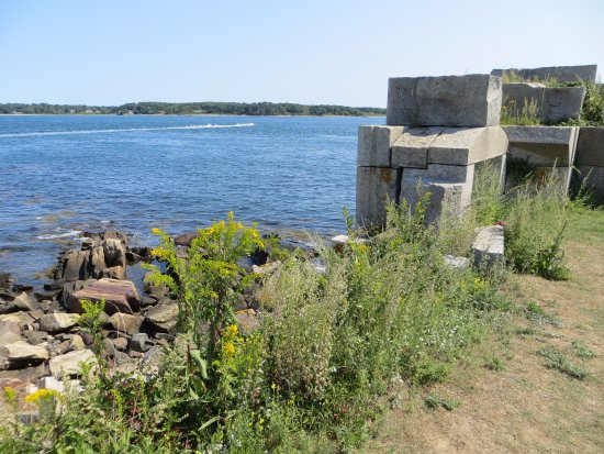 Fort Constitution Historic Site : Water View from Fort