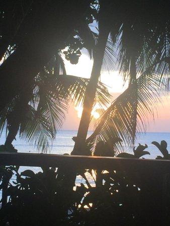 Bananarama Beach and Dive Resort: photo1.jpg