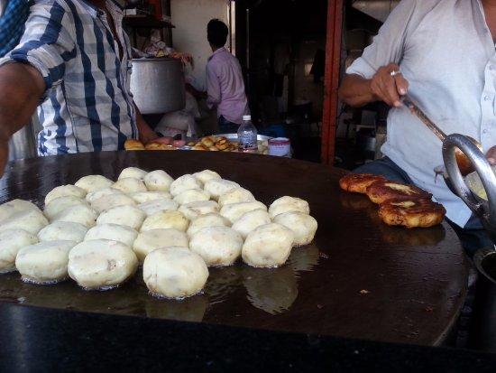 Arpit Ragda Patties, Ahmedabad - Restaurant Reviews, Phone