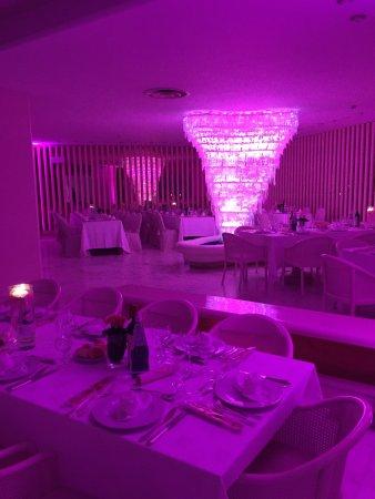 Hotel Moderno Chianciano: #iosempredonna #hotelmoderno #nocancer
